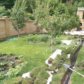 Снятие газона для монтажа системы полива