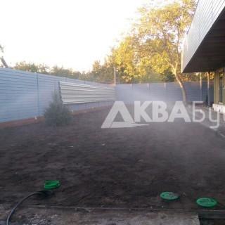 Фото системы полива перед домом, Осокорки