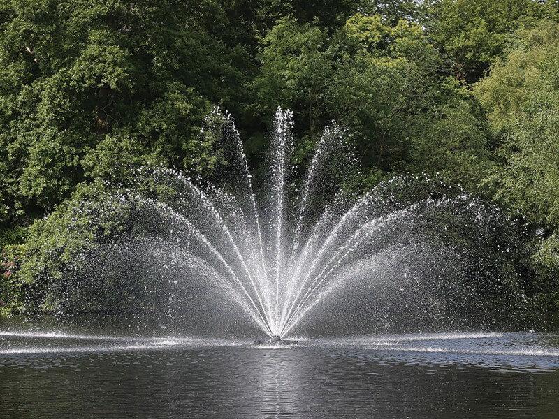 Аэрационные фонтан Equinox от компании Otterbine США