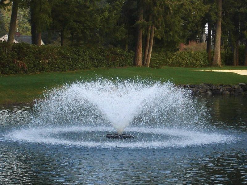 Аэрационные фонтан Saturn от компании Otterbine для пруда