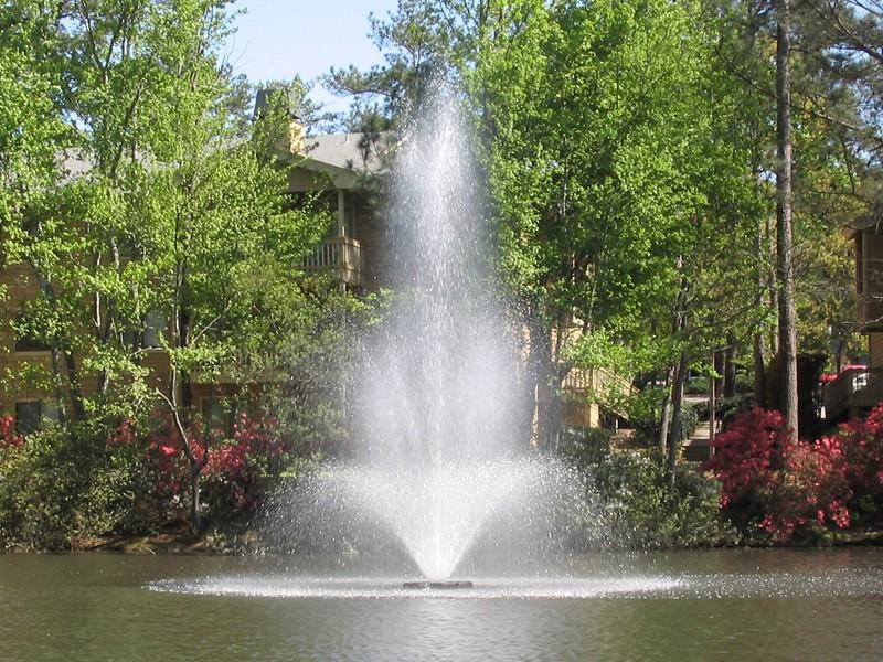 Большой многоуровневый Аэрационные фонтан Tristar от компании Otterbine
