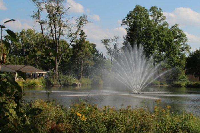Большой аэрационный фонтан Equinox от Otterbine